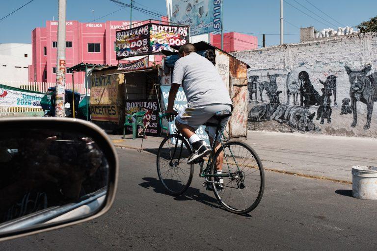 Ciclista por Ockesaid a.k.a Joel Lugo - Street Photography