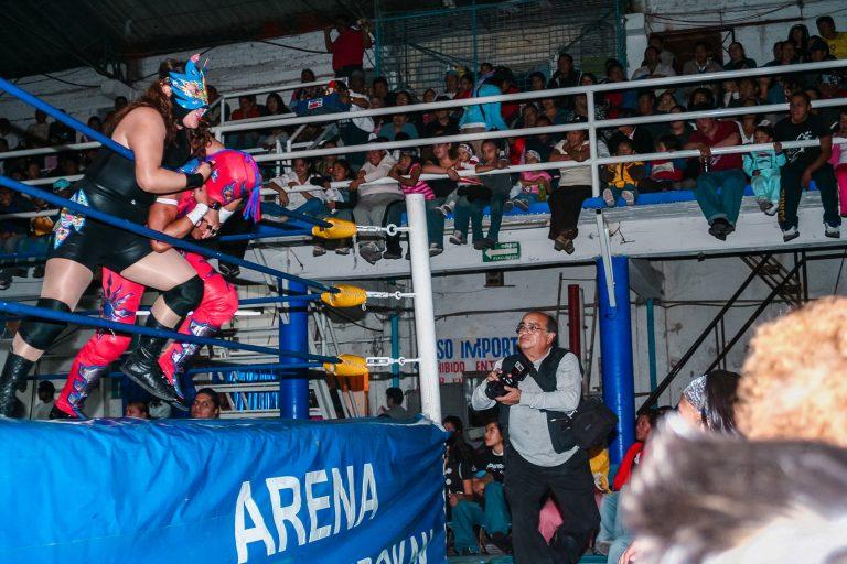 Arena Azteca Budokan por Ockesaid a.k.a Joel Lugo - Street Photographer