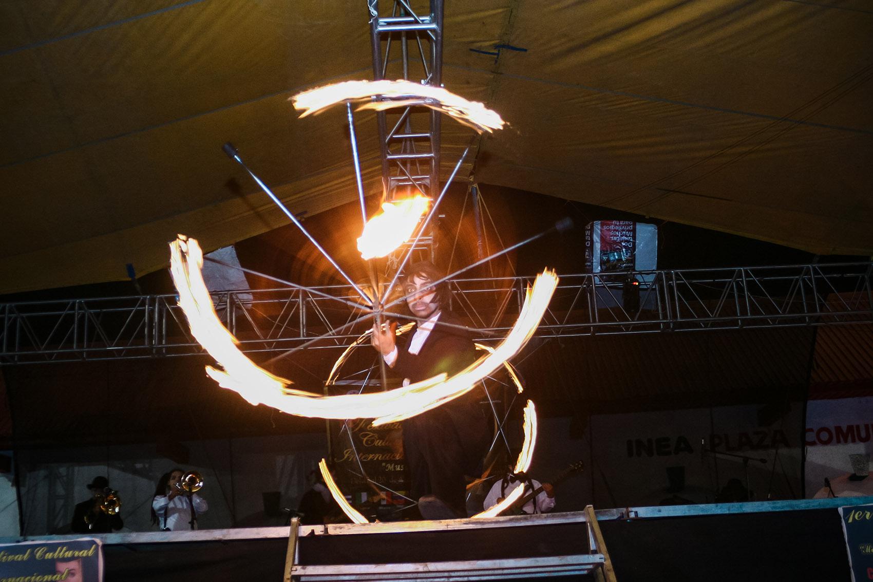 Comparsa 'la Bulla' en el 1er Festival Cultural Internacional Musa de Los Volcanes por Ockesaid a.k.a Joel Lugo - Street Photographer