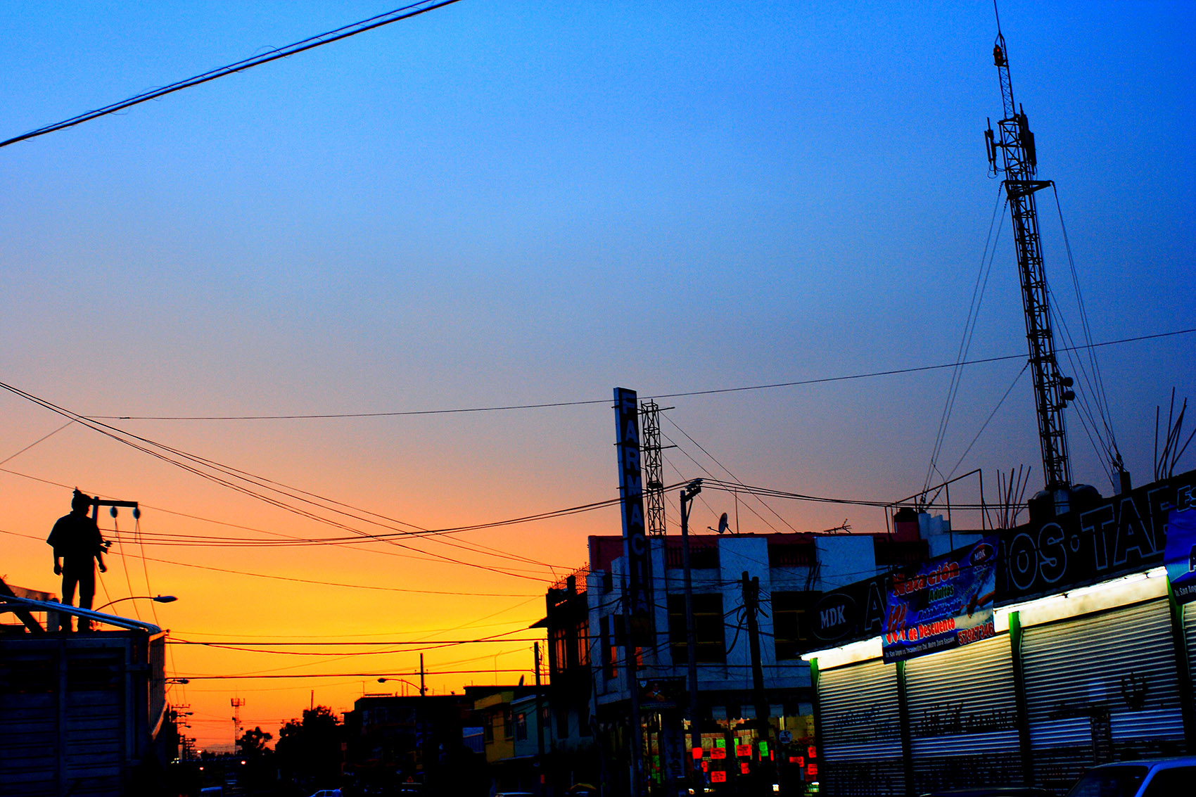 Street Photography en Cd. Nezahualcóyotl por Ockesaid a.k.a Joel Lugo - Street Photographer
